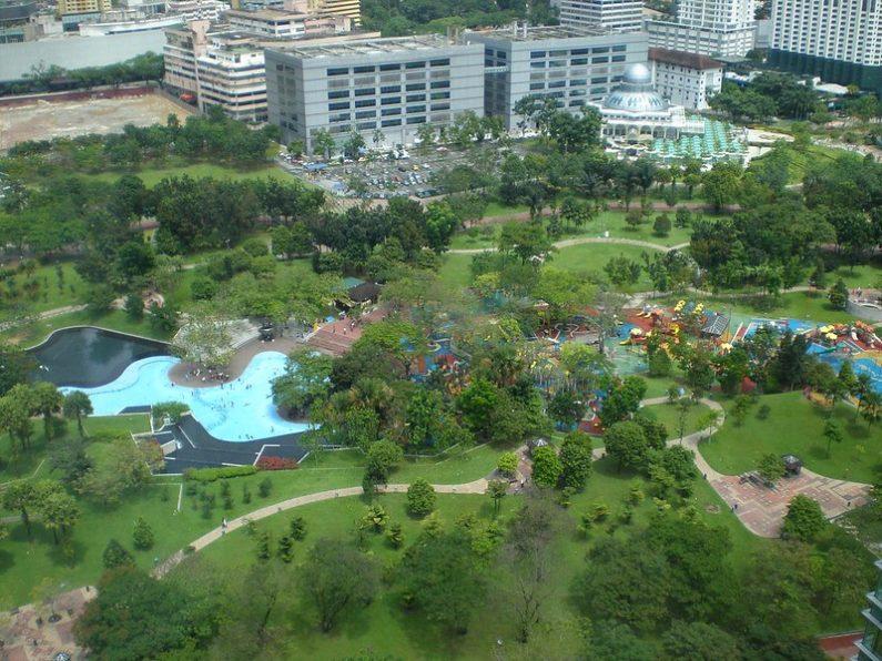 Parc derrière les tours Petronas